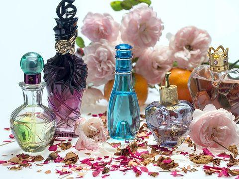 Afrodisiac cu efect garantat pentru femei: Spune ce parfum folosesti ca sa afli cate femei innebunesti