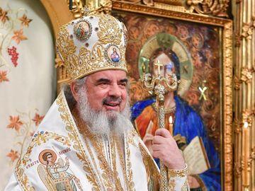 Ce salariu are Patriarhul Daniel? S-a aflat câţi bani încasează în fiecare lună