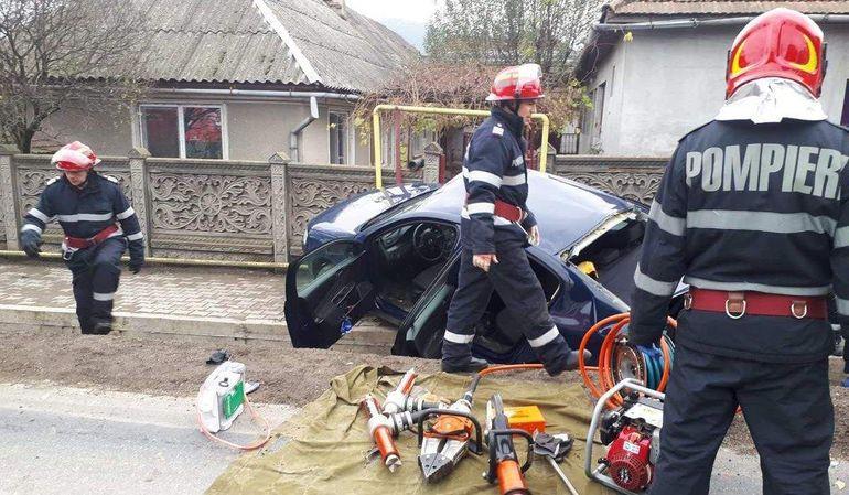 Ea este Cristina, şoferiţa aflată în comă în urma accidentului din Hunedoara! Astazi împlineşte 23 de ani: Să ne rugăm pentru ea