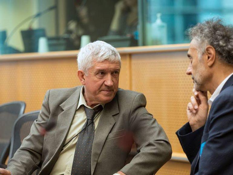 Europarlamentarul Mircea Diaconu are venituri colosale! Vezi câţi bani a câştigat actorul şi ce sume are în conturi!