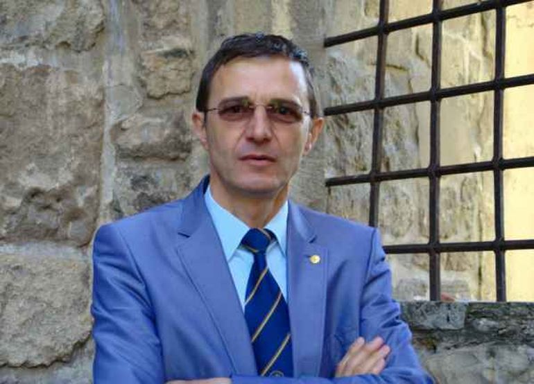 """Un fost mare arbitru român face o propunere originală: """"Ioan Aurel Pop, rectorul Universităţii Babeş-Bolyai, preşedintele României în 2019!"""""""