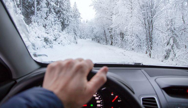 Cei mai multi soferi cumpara accesorii pentru masina la inceputul iernii
