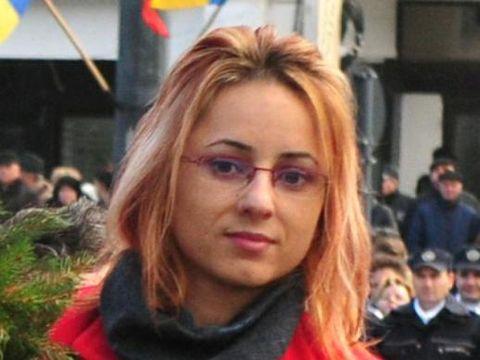 Ana Maria Obreja este cea mai bine plătită secretară din istoria judeţului Vaslui. Ce salariu halucinant are