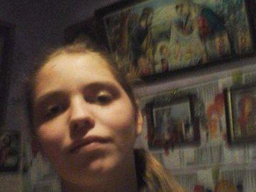 Descoperire terifiantă în cazul Andreei, fata de 18 ani care s-a aruncat de pe pod! Abuzată alături de sora ei, de un unchi