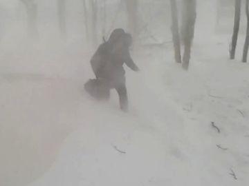 ALERTĂ METEO de ninsori şi viscol, până vineri la prânz. Care sunt judeţele afectate