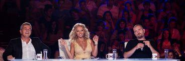 """Sunet execrabil la a doua editie live a X Factor! Raspunsul a fost halucinant - """"La farmacie se gasesc dopuri de urechi daca v-a deranjat"""""""