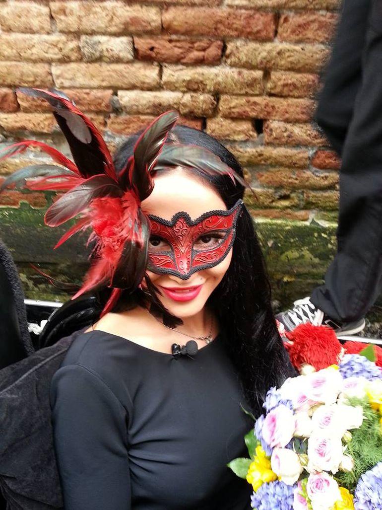 Margherita de la Clejani a bagat Venetia in boala! Uite cat de hot a fost de toti barbatii s-au uitat dupa ea