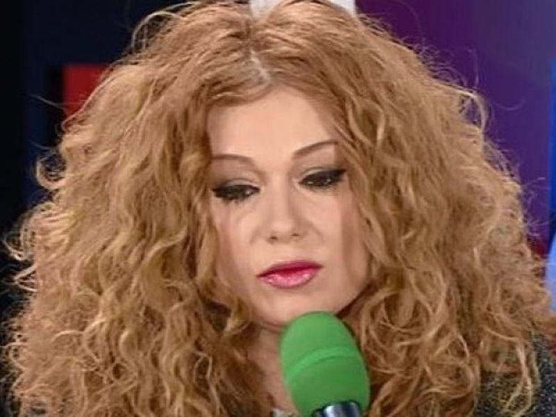 Veronica A. Cara e disperata, mama ei se lupta sa ramana in viata