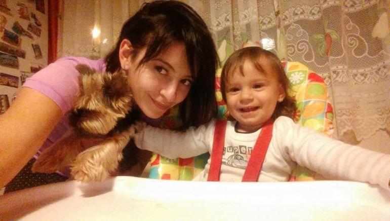 ADORABILA! Uite cat de mare s-a facut fiica Giuliei Anghelescu! Crezi ca seamana cu mami sau cu tati?