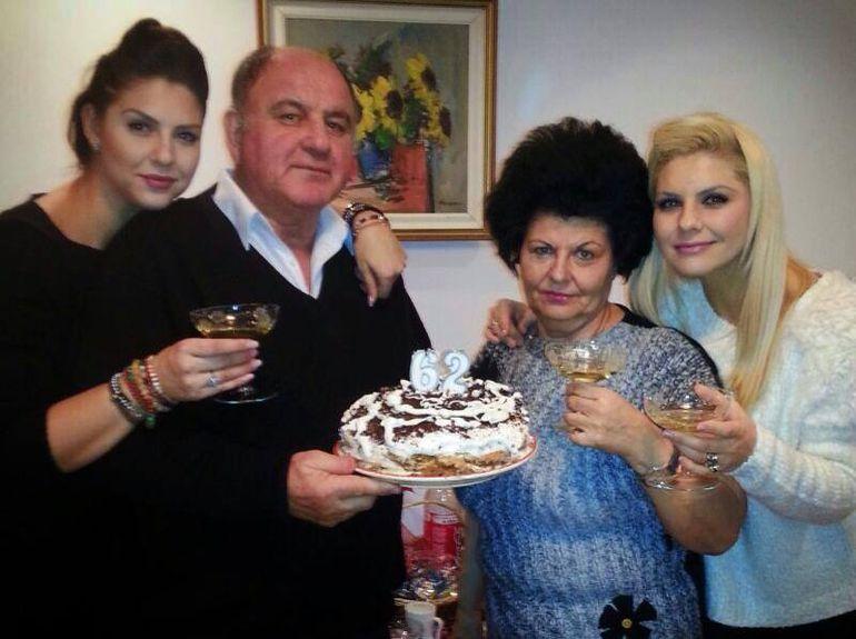 Pe surorile de la Heaven le stie toata lumea, dar uite cum arata parintii lor!