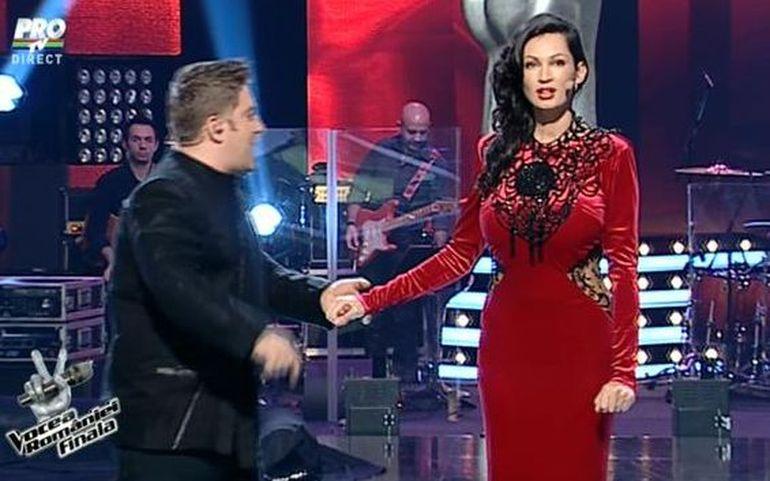 Nicoleta Luciu a gafat in finala 'Vocea Romaniei'! Uite tinuta pe care a purtat-o si care a dezavantajat-o TOTAL!