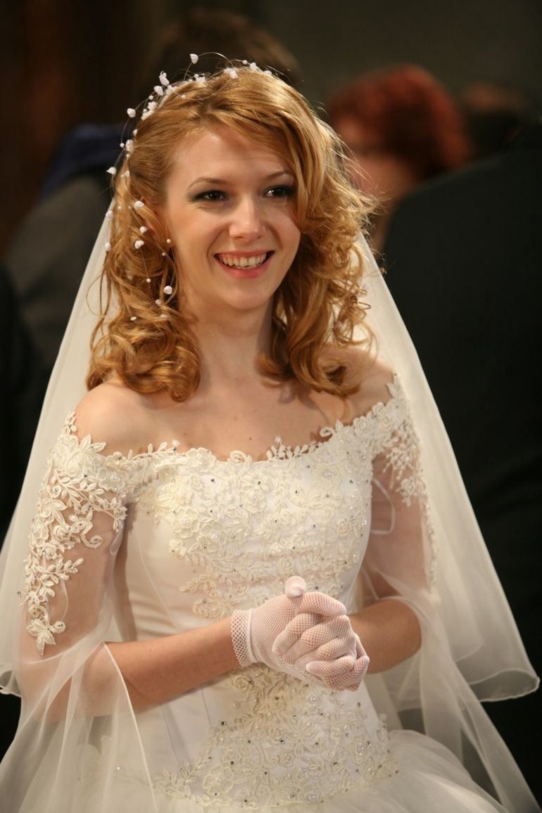 Adela Popescu are ganduri mari?