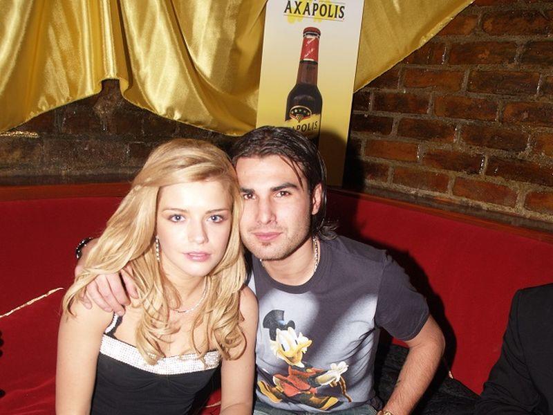 Adi si Alexandra aiu inaintat actiunea de divort in 2003