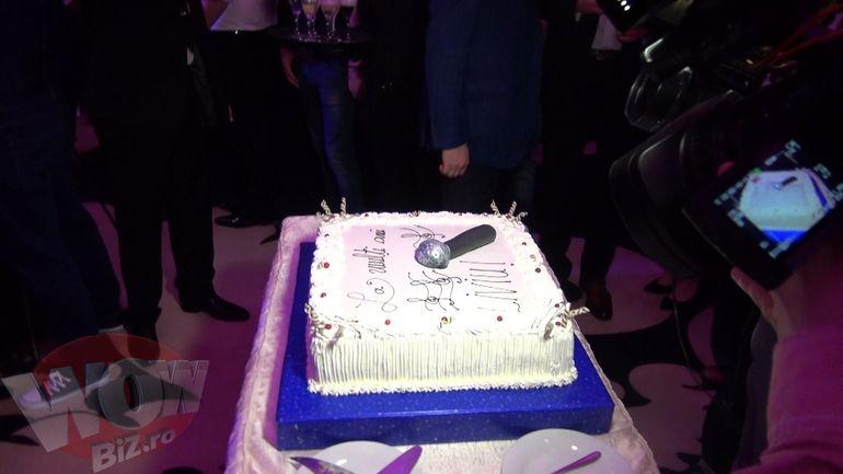 Uite cum a aratat tortul la ziua lui Varciu! A avut sapte kilograme si o forma de…