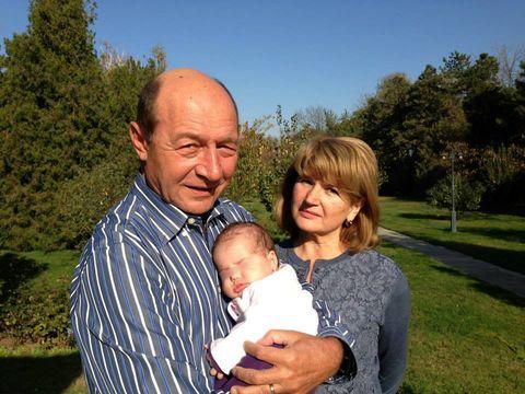 Prima Doamna se uita la Suleyman Magnificul! Maria Basescu nu rateaza niciun episod al serialului turcesc!