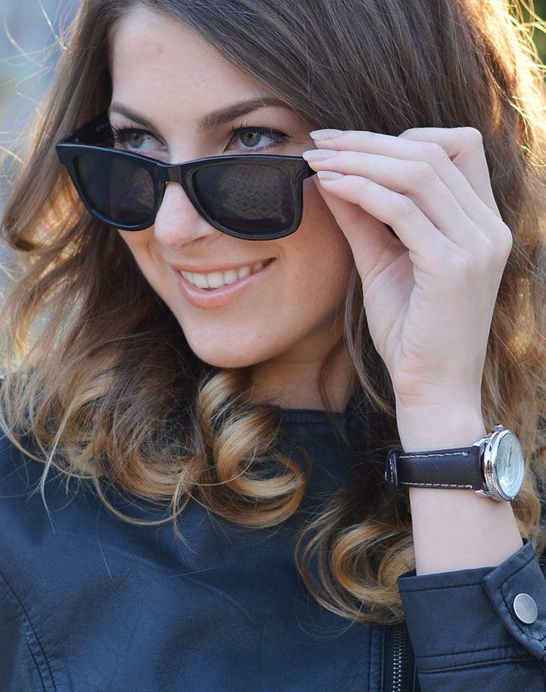 Ea este singura femeie sexy pe care Andreea Esca o accepta langa sotul Alexandre! Lucia se ocupa de magazinul de cosmetice al familei Eram de pe Coasta de Azur!