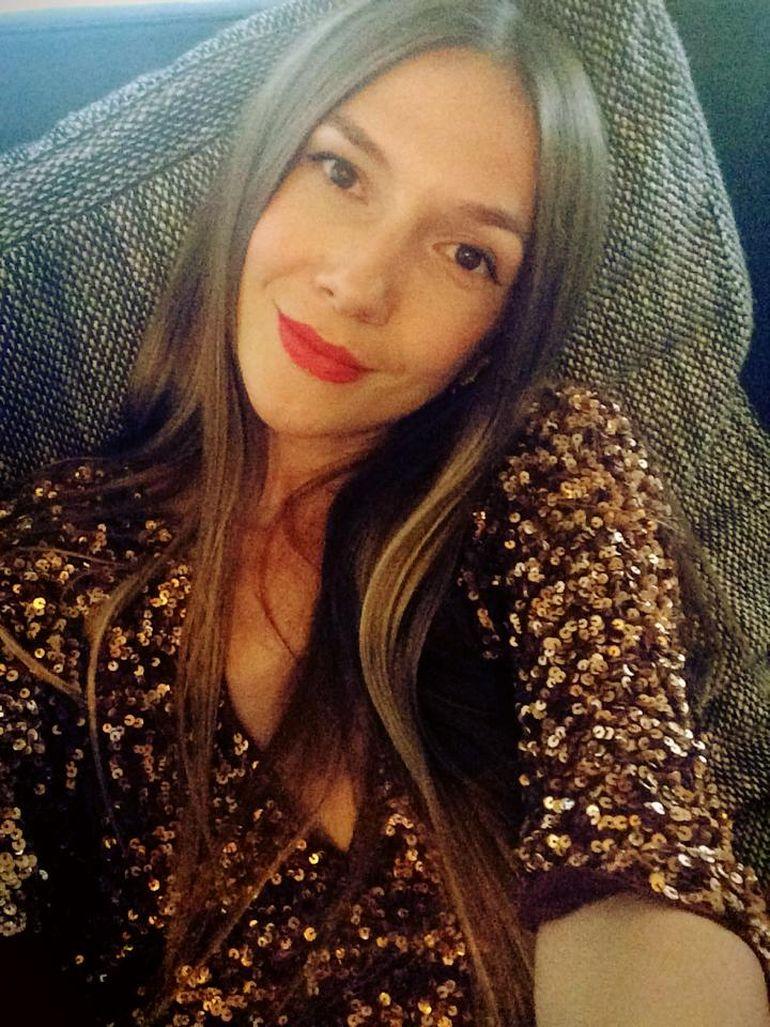 Adela Popescu si-a divulgat secretele frumusetii! Uite cum are grija de par, ten si corp