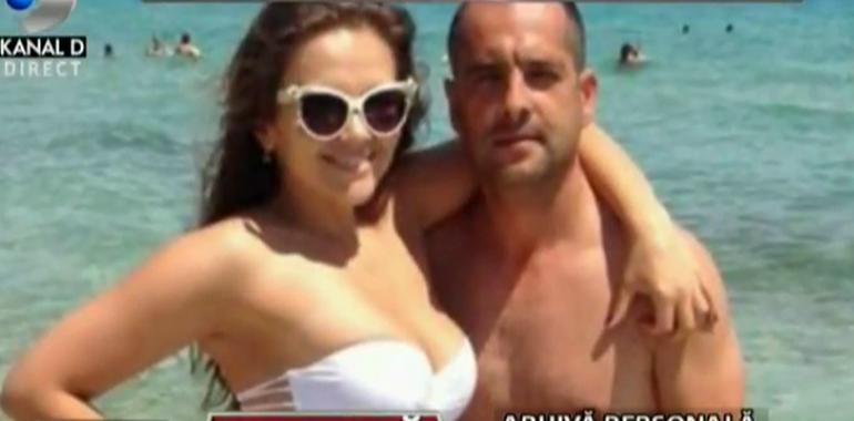 Imagini in premiera din vacanta lui Madalin Ionescu si a Cristinei Siscanu din Grecia! Uite-l pe el facand snorkeling, iar pe ea oferindu-i