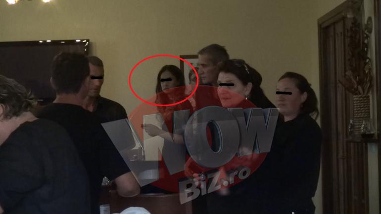 EXCLUSIV! Ea e noua Monica Gabor! Verisoara doamnei Pink e sex-simbol in Bacau si pare bucatica rupta din aceasta!
