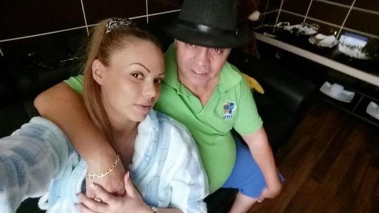 EXCLUSIV! Are o duzina de copii cu o multime de femei, dar doar pe Beyonce de Romania a dus-o Nicolae Guta la mormantul parintilor!