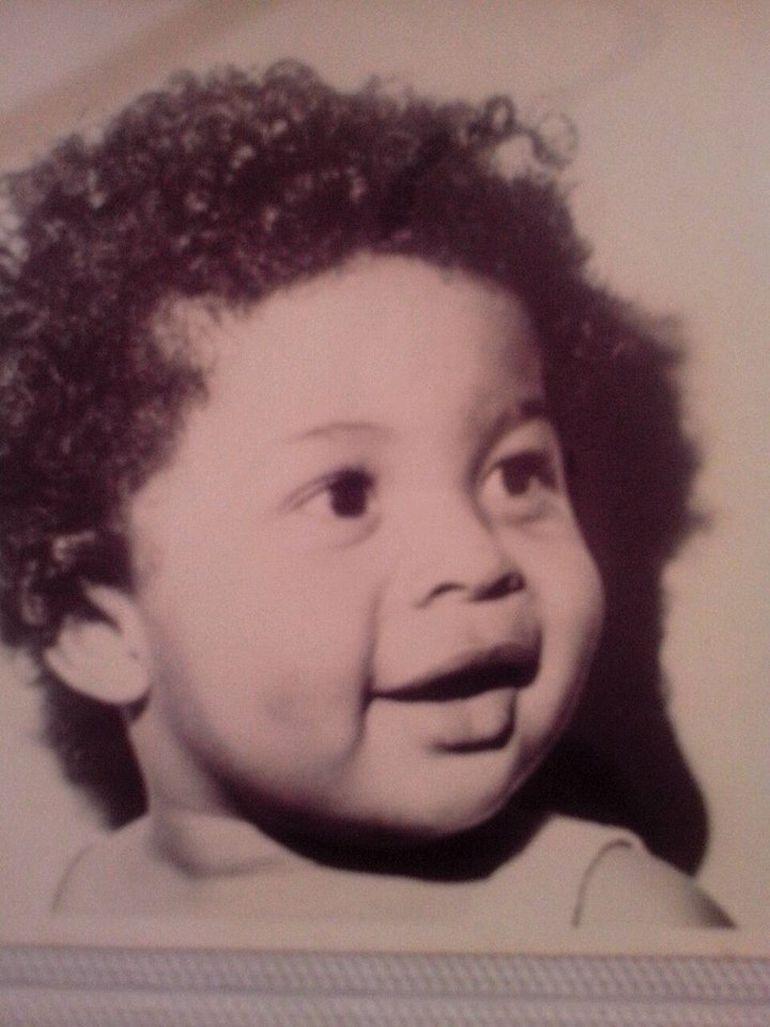 Uite cum arata Cabral cand era mic! Era simpatic foc!