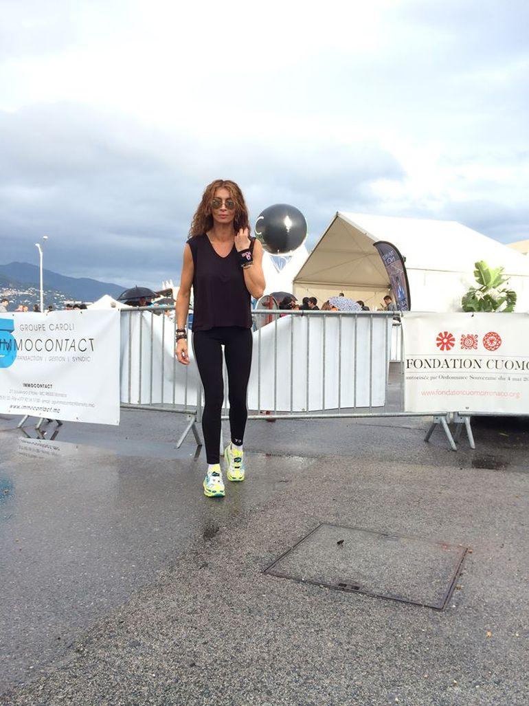 Ce buna e Mihaela Radulescu in colanti! Diva de la Monaco a iesit la maraton - Trebuie sa o vezi