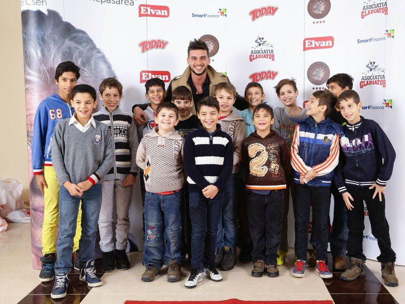 Dorian Popa sustine copiii de la Gladiator