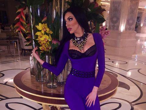 Modelul Andreea Podarescu si-a anuntat logodna! Vezi cine e barbatul cu care vrea sa-si petreaca bruneta restul vietii