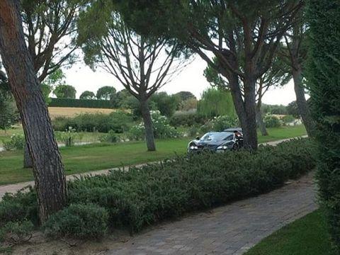 VIDEO Imagini senzationale! Cristiano Ronaldo s-a filmat la volanul noii sale masini! Uite-l pe fotbalist in Bugatti-ul Veyron de doua milioane de euro!