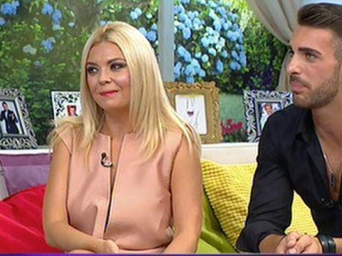 """VIDEO Crina Matei a dezvaluit unde era si ce facea cand iubitul ei i-a spus """"Te iubesc""""- Reactia ei a fost WOW! Bogdan: """"S-a intors la mine si a zis..."""""""