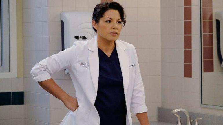 VIDEO Schimbare SOCANTA de look pentru actrita care a jucat-o pe Callie Torres in Grey's Anatomy! Dupa ce a plecat din serial, s-a tuns scurt, baieteste, si s-a ras in parti! Trebuie sa vezi cum arata acum!