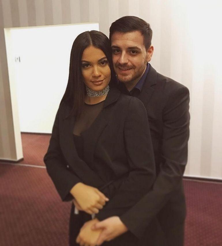Florin Salam se pregateste de nunta? Cum au fost surprinsi Betty Salam impreuna cu iubitul ei? Cei doi sunt mai indragostiti ca niciodata