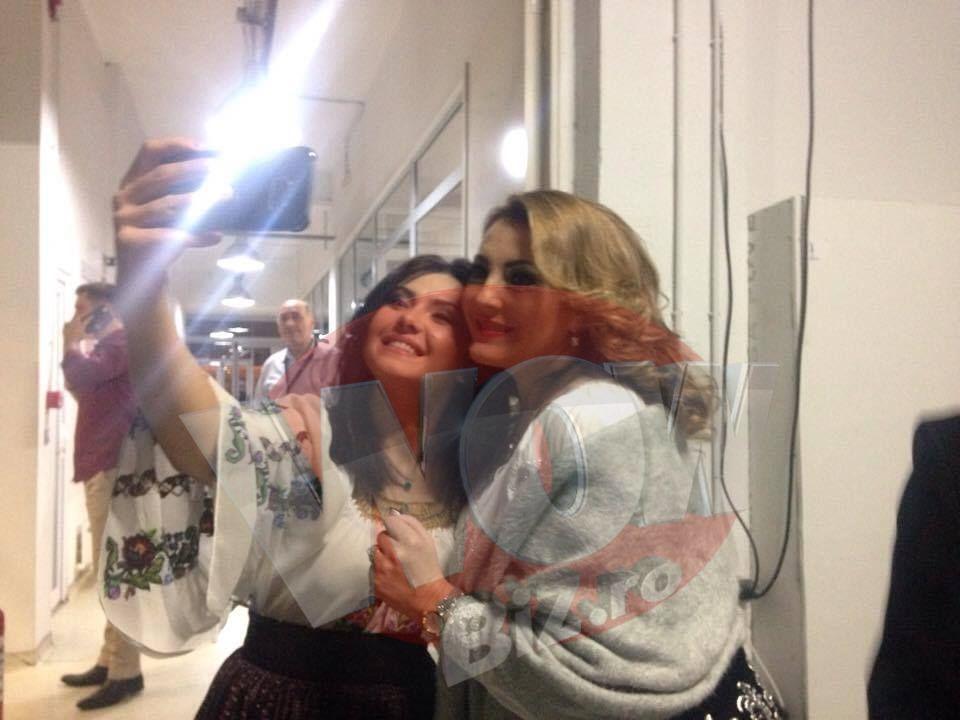 Angela Rusu si Vasilica Tataru, prinse in ipostaze rare in culise la filmarile de Revelion!