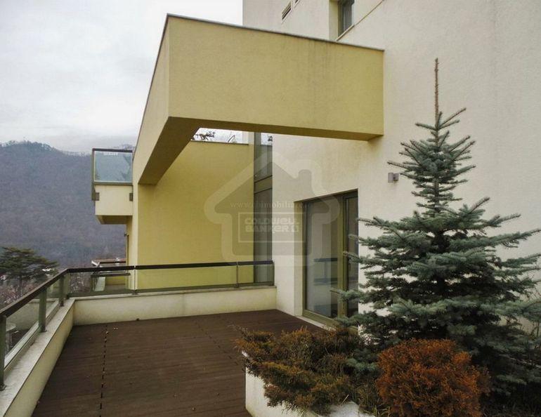 Asa arata apartamentul de un sfert de milion de euro pe care si l-a luat Horia Tecau in Poiana Brasov!