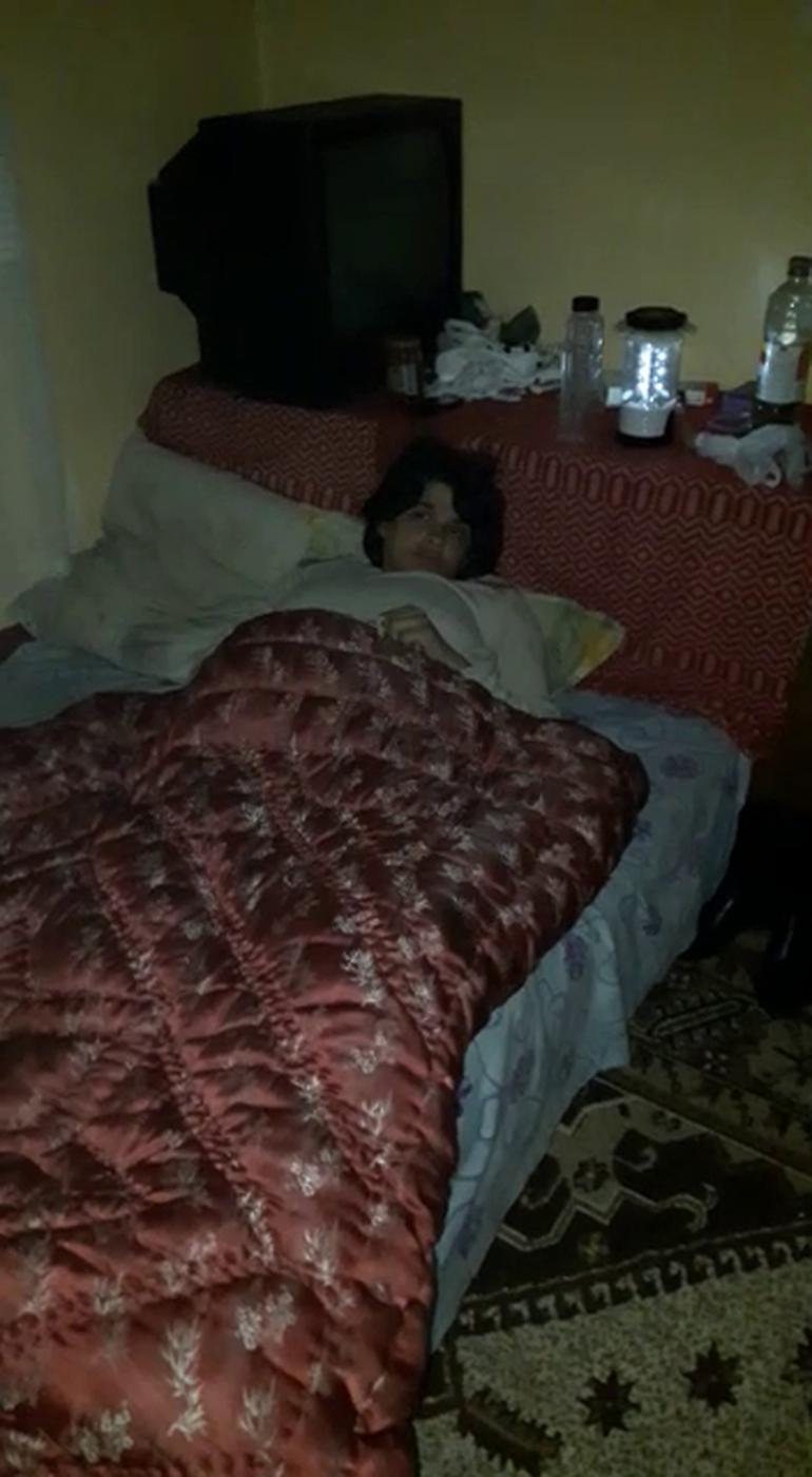 Poza emotionanta cu iubita lui Arthur de la Ceptura, bolnava, in pat, insarcinata in 7 luni.