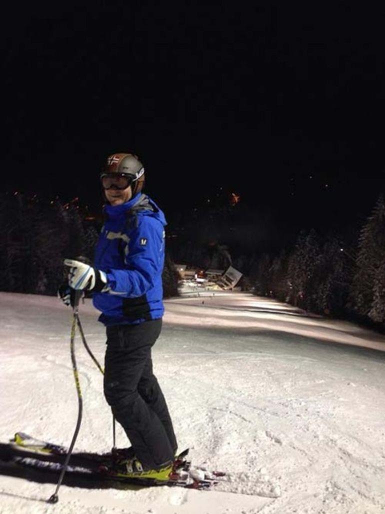 Serban Huidu, din nou pe partia de schi la sase ani de la accidentul sau teribil! Vedeta tv a suferit atunci un traumatism cranio-cerebral sever dupa ce s-a izbit in coborare de un copac
