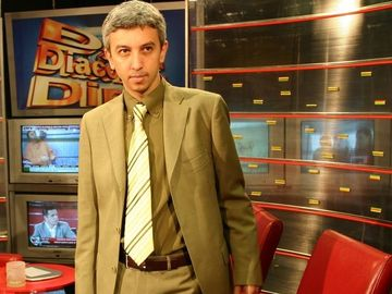 """Dan Diaconescu si-a """"omorat"""" profa de mate din liceu! Amanunte nestiute din trecutul fostului om de televiziune"""