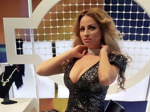 "Sanziana Buruiana ""a fugit"" iar de acasa cu fetita! VIDEO EXCLUSIV"