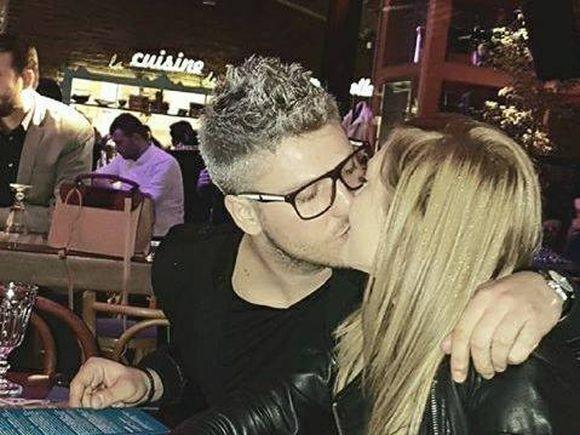 Presupusul fiu al lui Catalin Botezatu s-a logodit! Andrei Iordache si-a cerut iubita de sotie la munte! Video!