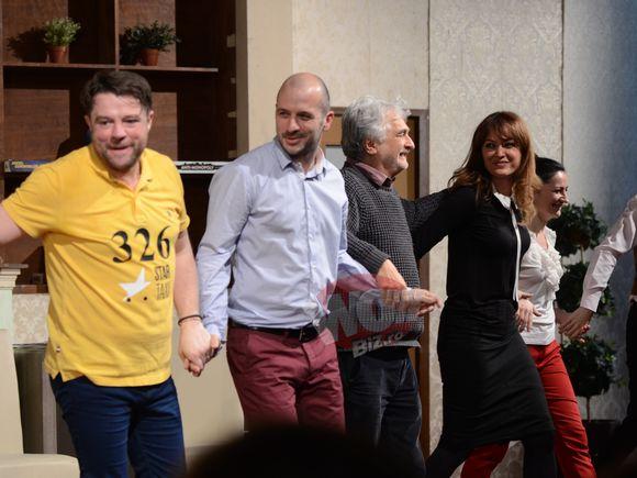 Anca Turcasiu s-a sarutat cu Andrei Duban! Totul s-a intamplat sub ochii Gratielei, sotia actorului! | Video