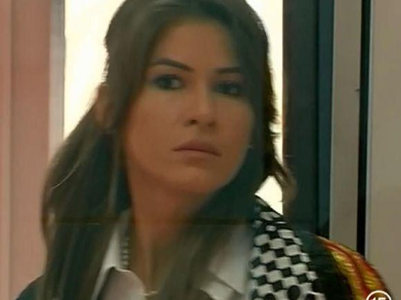 """Cristina Mihaela, fosta finalista de la 'Bravo, ai stil"""", scandal mare cu un MACELAR! A mers sa cumpere carne, dar in macelarie a avut parte de o surpriza neplacuta! S-a lasat cu taieturi si tipete!"""