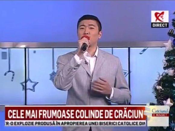 "Adevarul despre chinezul care a ridicat sala in picioare cantand piesa ""Copacul""! Fang Shuang a luat la rand show-urile tv de talente! Uite la ce emisiuni a mai participat si intra sa-l vezi evoluand in concerte | FOTO & VIDEO"