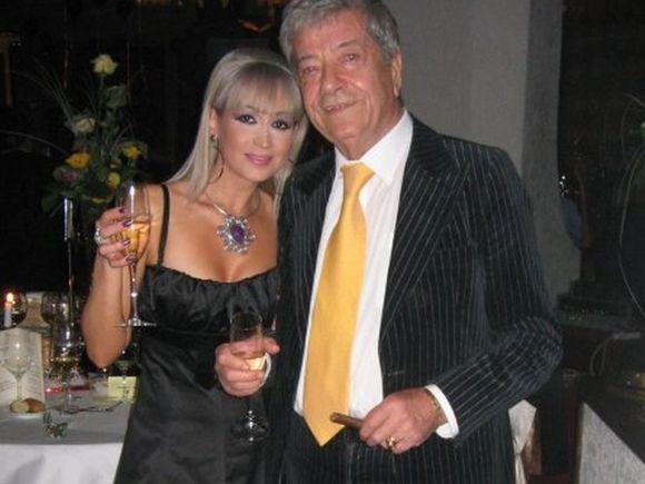 "Simona ex-Dichiseanu, o bunica frumoasa foc: ""Toata lumea e topita dupa nepotica Anastasia""- Frumoasa artista a ramas in relatii excelente cu Dichi: ""Am uitat tot ce a fost urat, ne-am iertat unul pe celalalt"""