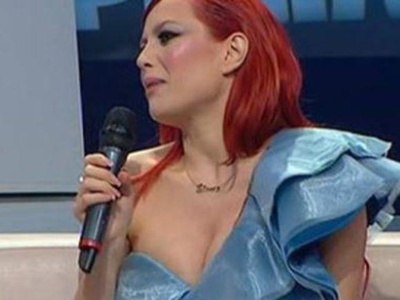 Elena Gheorghe, insarcinata in 6 luni, s-a ingrasat doar un kilogram si jumatate! Care este secretul ei