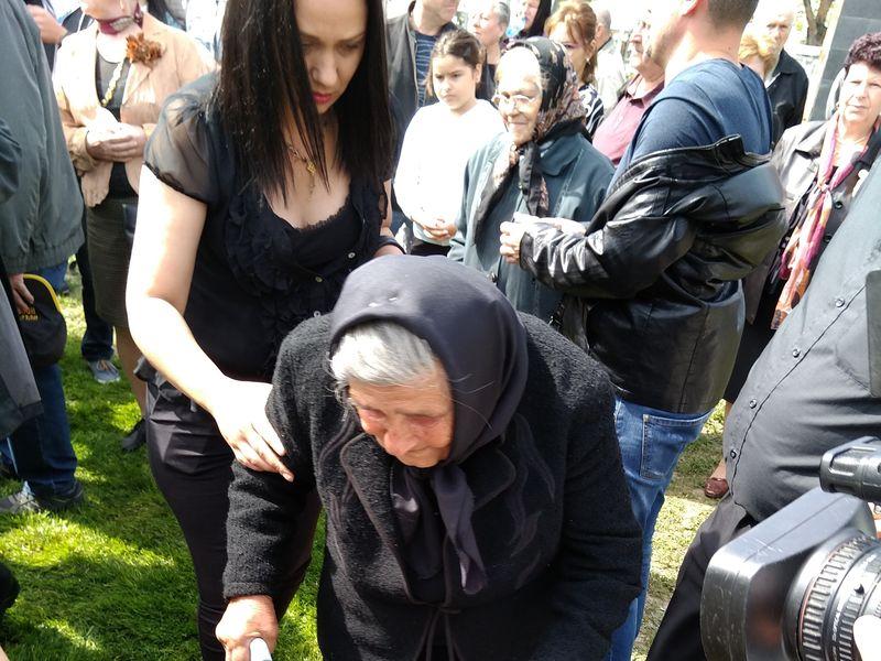 Mama Ilenei Ciuculete are 86 de ani