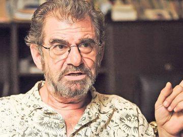 Florin Zamfirescu risca sa ajunga din nou in spital! S-a ingrasat alarmant de mult! Actorul sufera de afectiuni cardiace si are fisuri in peretele aortic! FOTO!