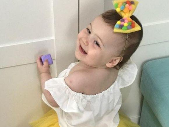 """Cum a devenit vedeta bebelusul din """"Dragoste infinita""""! La doar un an, micuta ce o interpreteaza pe Deniz este considerata un """"copil minune"""""""