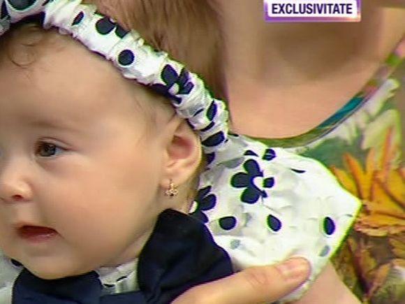 "Doamne, ce fetita frumoasa are Christian Sabbagh! Anais are aproape 4 luni si a incercat sa il ""cucereasca"" pe Bursucu!"