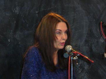 "Mesajul tulburator transmis de Zoia Alecu, in ziua in care Laura Stoica ar fi implinit 50 de ani: ""Am fost ca doua surori! Azi imi canti in gand!"" VIDEO"