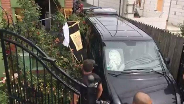 Gestul impresionant facut pentru Denisa Manelista in urma cu putin timp! Cine este barbatul care i-a chemat pe toti admiratorii ei la mormant!